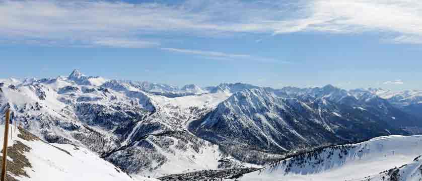 france_montgenevre_mountain_View.jpg
